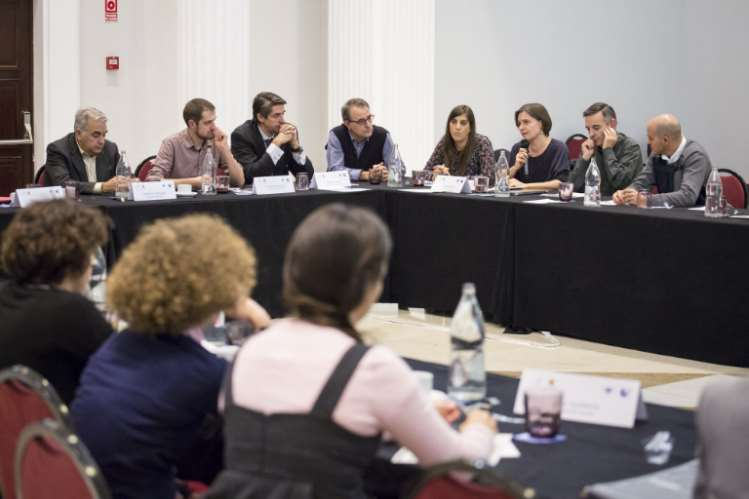 Debate durante la jornada. Foto: Fundación Renovables