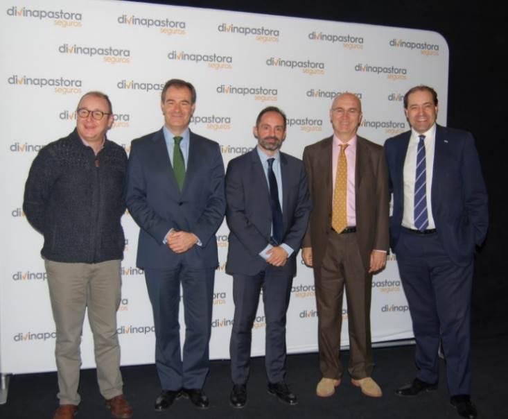 """Acto de presentación de la campaña """"La otra economía"""" en el cine Capitol de Madrid"""