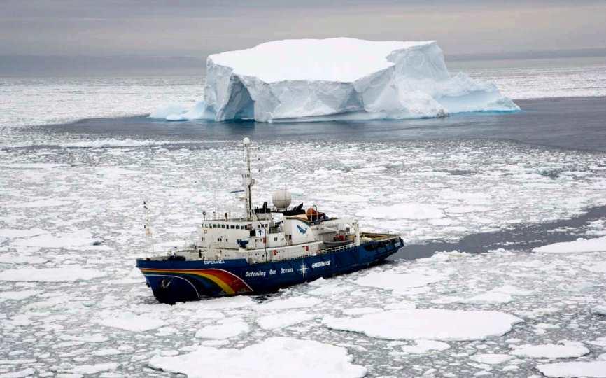 Greenpeace ha iniciado una expedición para crear el Santuario Antártico