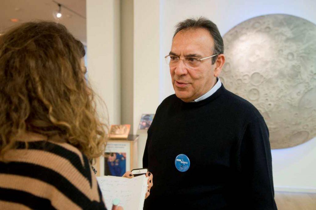 El secretario general de Educación y Formación Profesional de la Junta de Andalucía, Manuel Alcaide celebra que la sede del ESERO esté en Granada