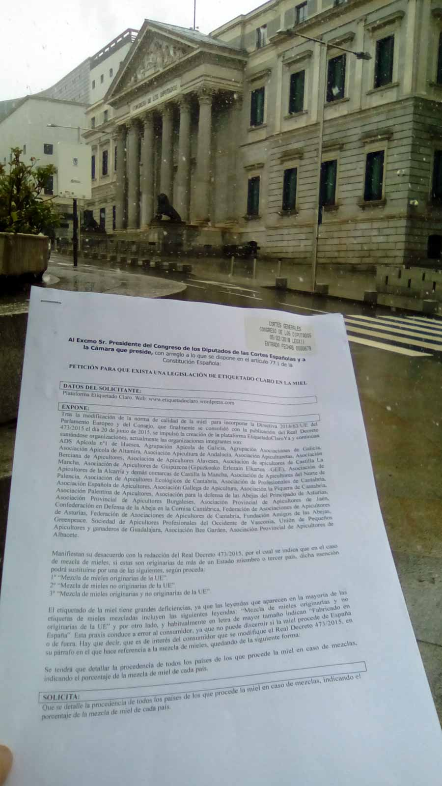 Petición presentada en el Congreso por la Plataforma Etiquetado Claro