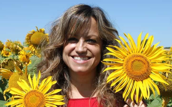 Mally C. Blanco, psicóloga e hipnoterapeuta fue la invitada del 11º encuentro radiofónico Seamos Cómplices