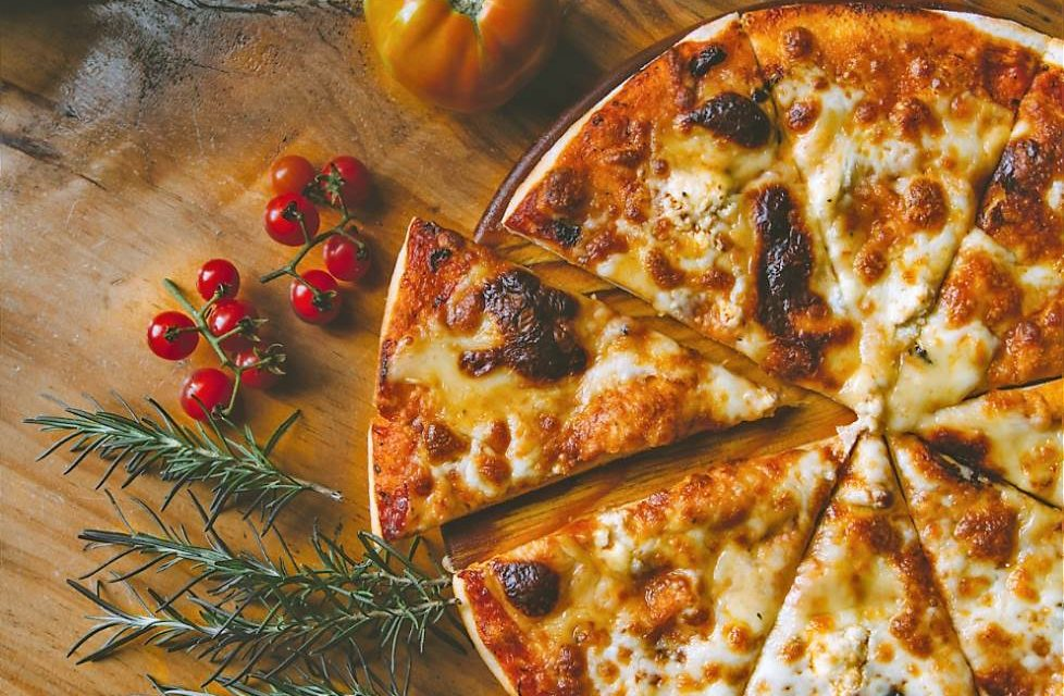 Mítica pizzería neoyorquina ya sirve pizzas con queso vegano