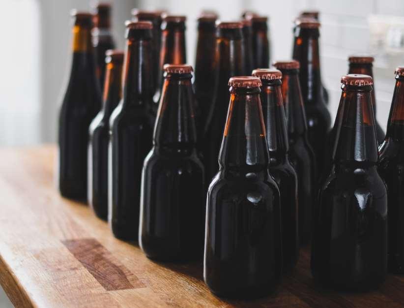 Reino Unido acaba de anunciar que implantará un sistema de retorno de envases,recuperando así el hábito de devolver los envases a la tienda