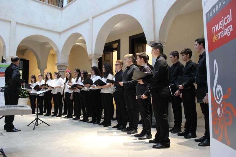 Momento de la actuación del Orfeón Preuniversotario en el Museo Thyssen en otra edición