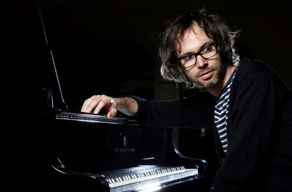 El colofón de la programación de la Real Casa de Correos desembocará en un concierto-conversación del pianista y escritor británico JamesRhodes