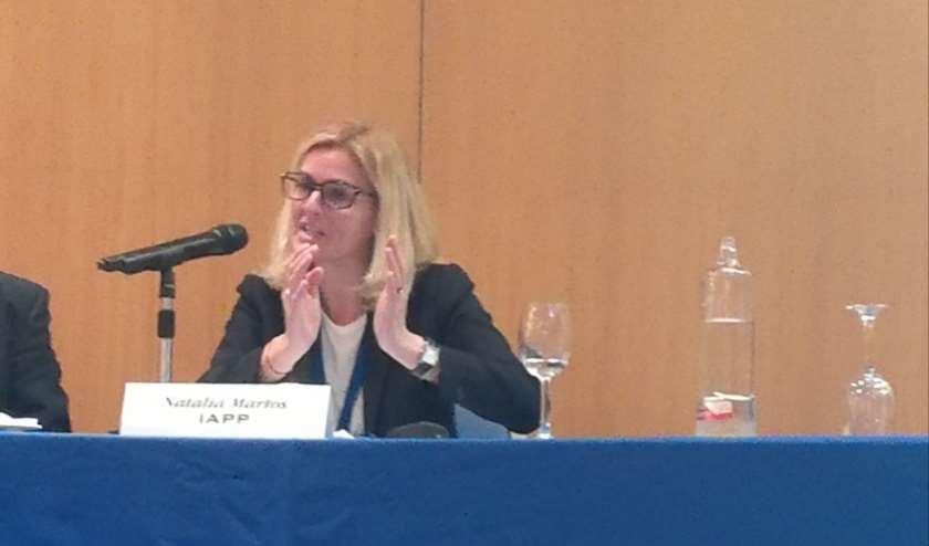 """Natalia Martos, co-presidenta de la Asociación Internacional de Privacidad ha dado la ponencia """"La revolución normativa de la Protección de Datos"""""""
