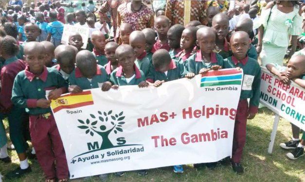 Torneo de Pádel Solidario en Alcobendas para ayudar a los niños de Gambia