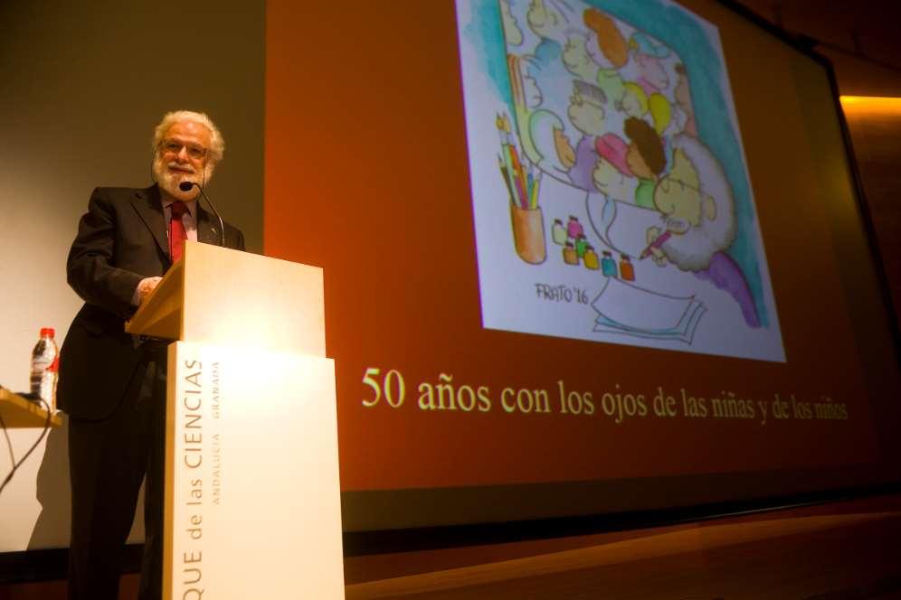 La Universidad de Almería acoge esta exposición organizada por el Parque de las Ciencias