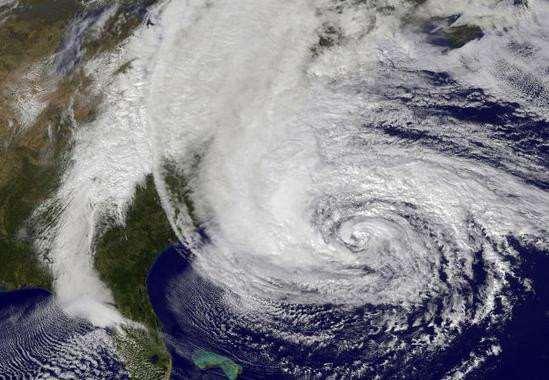 Call for Code busca unir a desarrolladores , empresas y universidades para prevenir y afrontar catástrofes mediante nuevas tecnologías. Imagen tomada por la NASA del huracán Sandy. Foto: NASA
