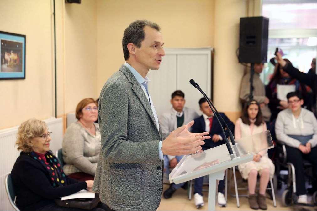 Pedro Dique recibe un homenaje en Ciudad Lineal, distrito donde estudió en Madrid. Foto: Wikipedia