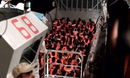 Ayuntamientos de toda España dispuestos a acoger a los migrantes del buque Aquarius
