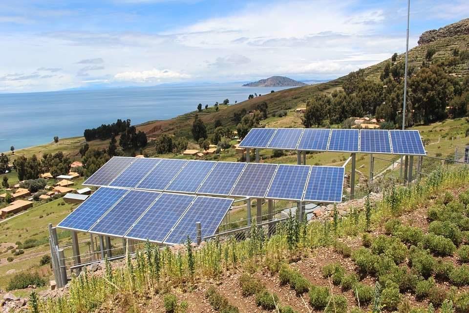 Nuevos paneles solares llegaron a España en enero