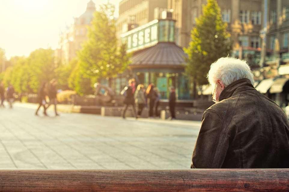 Las pensiones son otra de las grandes preocupaciones de los mayores de 65 años
