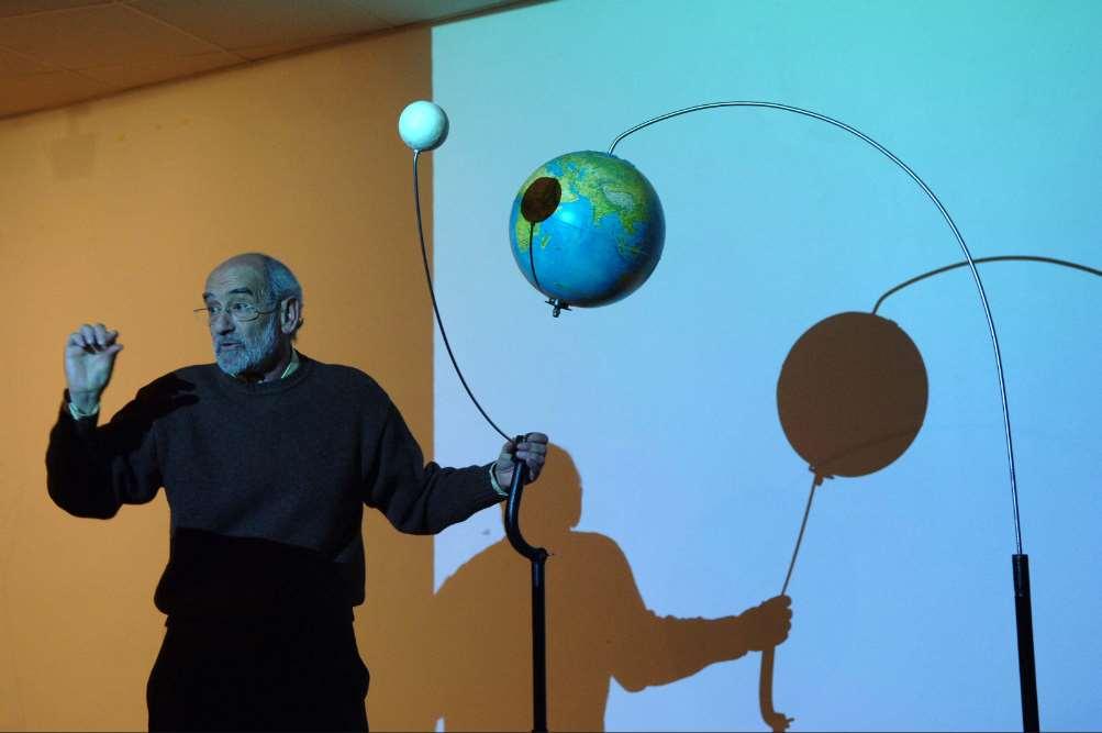 Vicente López explicará el fenómeno del eclipse total de luna