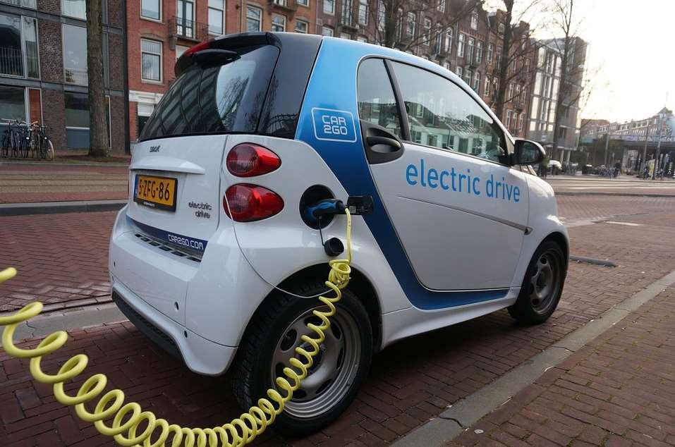 El coche eléctrico es un actor importante en el nuevo modelo de movilidad
