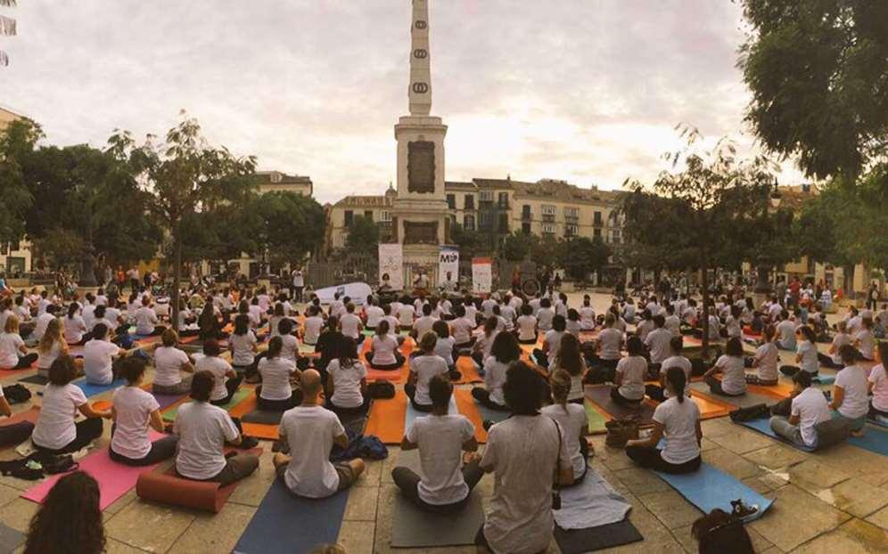 V Yoga en la Plaza 2018