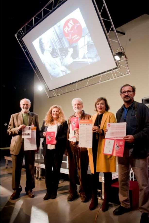 """El programa comienza mañana miércoles 24 de octubre, coincidiendo con el Día Mundial de las Bibliotecas, con una animación a la lectura del libro """"Musicofilia: relatos de la música y el cerebro"""", del neurólogo y divulgador científico Oliver Sacks."""
