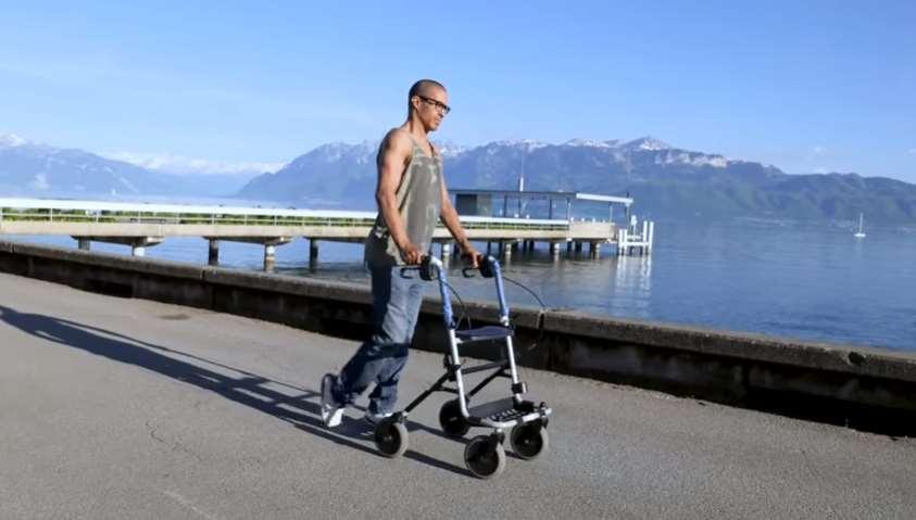 3 paraplégicos voltam a andar graças aos implantes sem fio no cordão