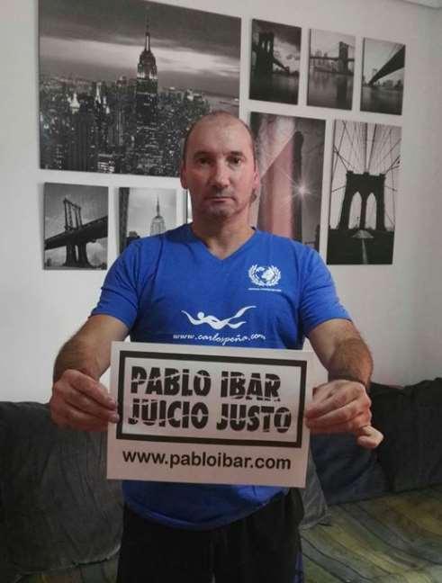 Carlos Peña nadará el próximo sábado durante tres horas en la bahía de la Concha por los tres lustros que Pablo Ibar ha pasado en el corredor de la muerte en Estados Unidos