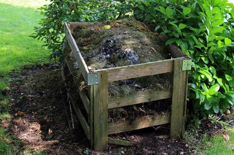 """Amigos de la Tierra pone en marcha el proyecto """"Aplicación de compost procedente de residuos municipales a suelos agrícolas y pastos"""", para poner de manifiesto los beneficios del compostaje en la adaptación y mitigación del cambio climático"""