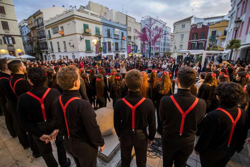 La Coral de ESAEM da la bienvenida a la Navidad en Málaga