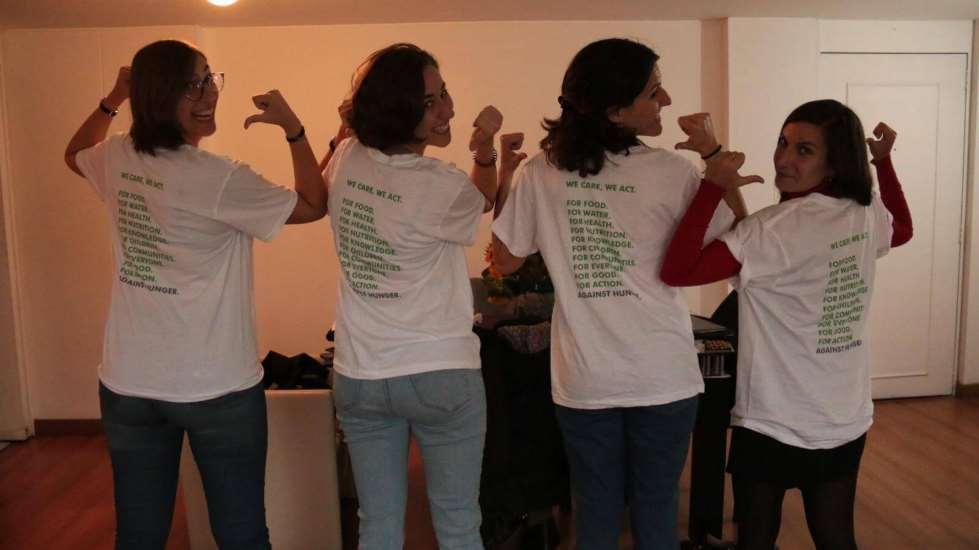 Testimonio de la voluntaria Nuria Juan (la segunda por la derecha en la foto), nacida el 2 de septiembre de 1984, licenciada en Dirección y Administración de Empresas, desde Colombia