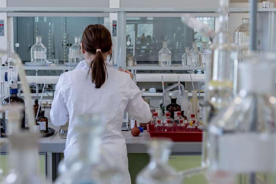 El estudio ha abordado la formulación de nanopartículas de sílice mesoporoso de tamaño inferior a 80 nanómetros con un derivado de rutenio. Foto cortesía de URJC