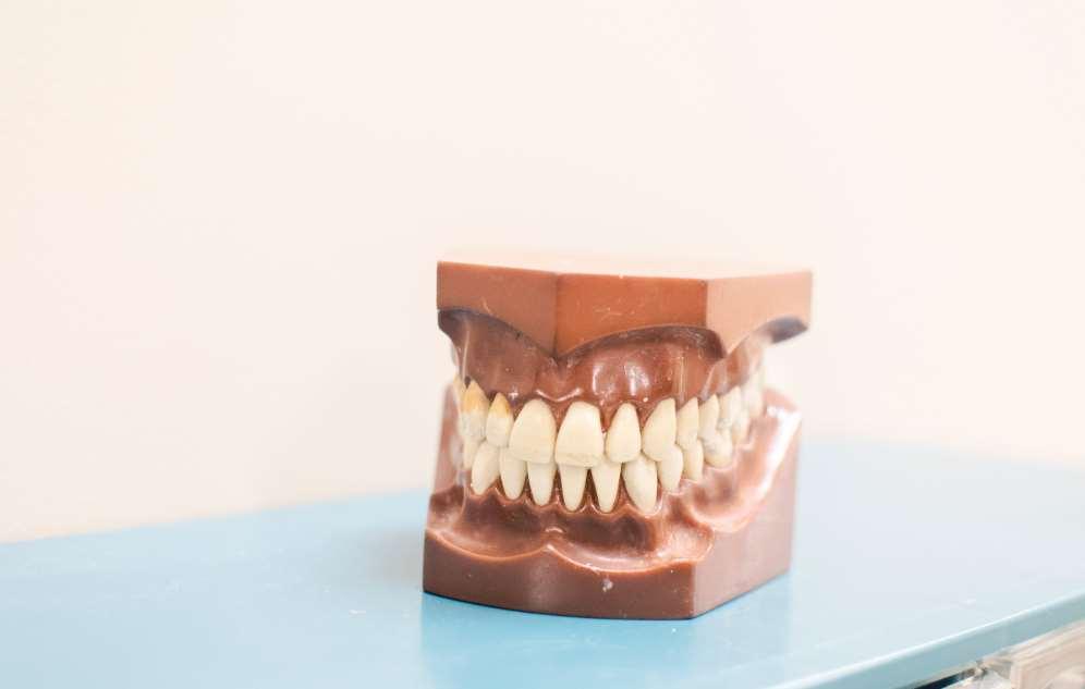 es posible remineralizar dientes y huesos con nanopartíclas