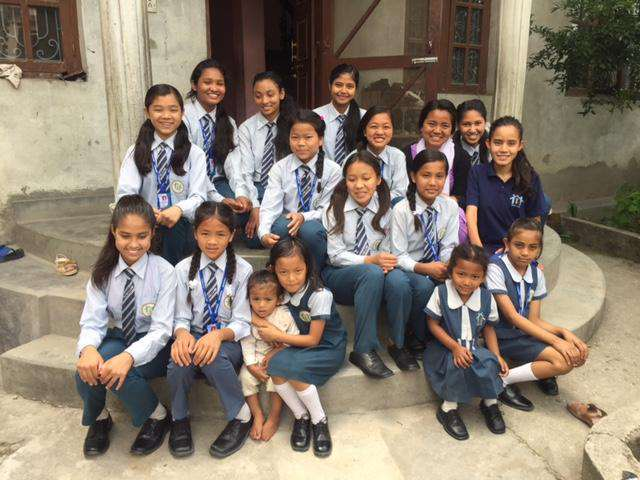 Un ejemplo de estos proyectos solidarios que está llevando a cabo la asociación es la casa de acogida Smriti house para 18 niñas