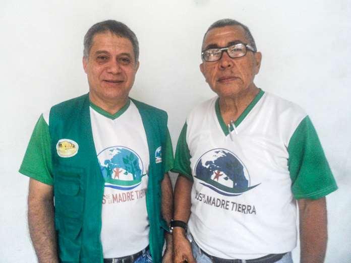 A la izquierda Lic. Nahúm León Coordinador General en el estado Lara y a la derecha Lic. Romualdo Rodríguez Coordinador del Proyecto Hijos de la Madre Tierra. Foto: cortesía de +Verde