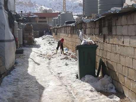 Numerosas tiendas donde viven los refugiados han sufrido daños por el temporal y los vientos, que han llegado a superar los 100 kilómetros por hora