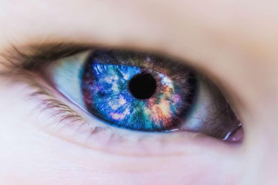 Lentillas biodegradables para mejorar tratamientos médicos de la visión