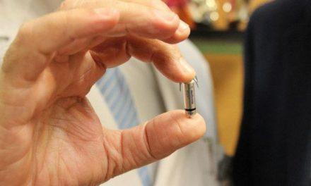 Se implantan dos marcapasos sin cables con éxito en Huelva