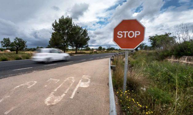 Crean nuevo sistema de comunicación entre señales viarias y vehículos
