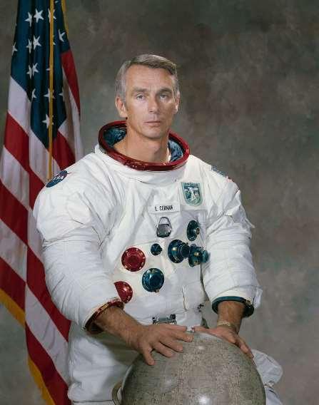 Eugene Andrew Cernan fue un astronauta estadounidense de la NASA, tripulante del Gemini 9A en 1966 y de las misiones Apolo 10 en 1969 y comandante del Apolo 17 en 1972, además de oficial de la Armada de los Estados Unidos. Foto cortesía de Wikipedia.