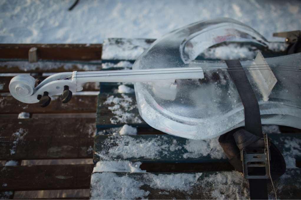 La pieza, 'Ocean Memories', compuesta por el músico noruego Terje Isungset para la ocasión, se interpretó con instrumentos esculpidos en hielo
