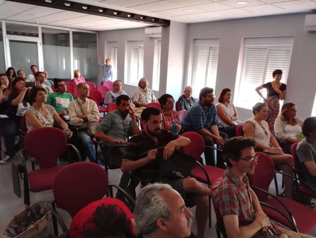 La jornada por el Día del Medio Ambiente 2019 en la Noria continuó con una ronda de exposiciones en formato PechaKucha