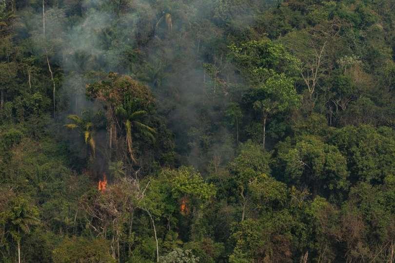 Greenpeace reclama a los líderes del G7 un compromiso concreto de alcanzar emisiones netas cero para 2050