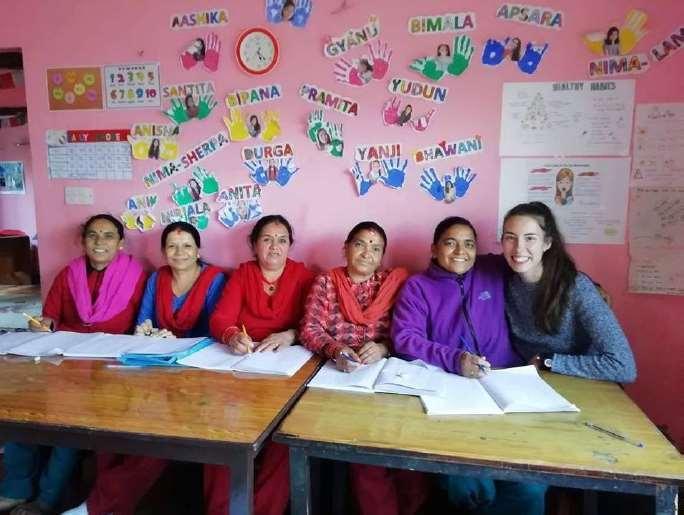 Empoderamiento Femenino en Nepal con talleres de alfabetización