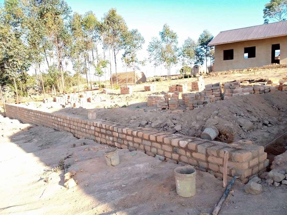 Trabajos de la Escuela Mango en Tanzania ya comenzados