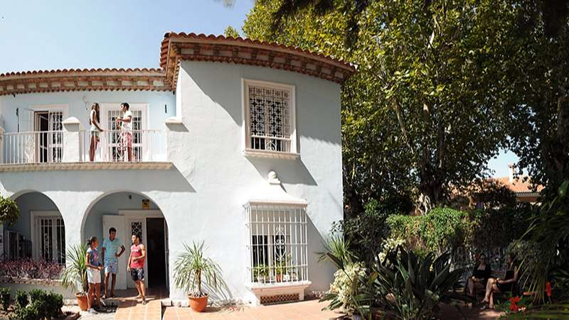 Instalaciones Cervantes Escuela Internacional