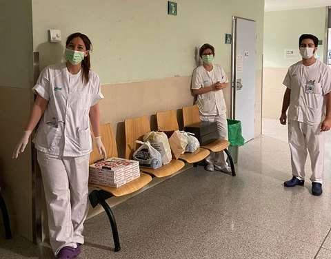 #GastroAplauSOS lleva la cena al personal sanitario
