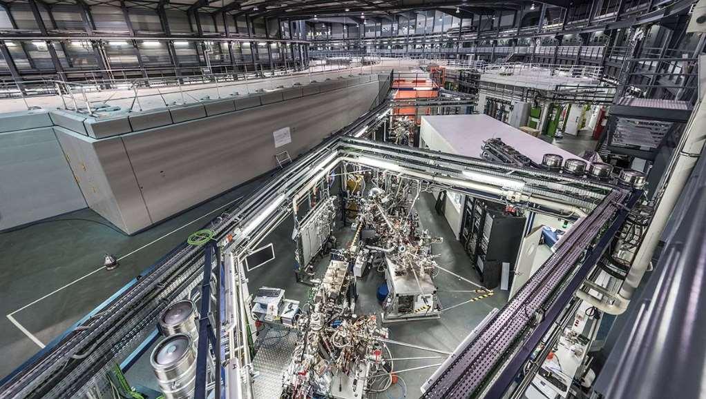Actualmente el sincrotrón ALBA dispone de ocho líneas de luz para analizar la materia a escala atómica y molecular. / Sincrotrón ALBA