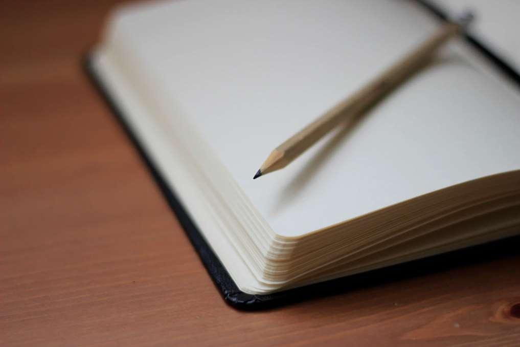 Este será el primer diario del mundo escrito al unísono por decenas de personas diversas que habitan en zonas geográficas distintas y comparten páginas.