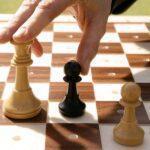Ajedrecistas ciegos aprenden a disputar partidas online durante el confinamiento