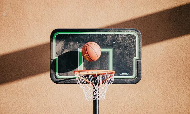 Un partido de baloncesto virtual recauda fondos para el Banco de Alimentos