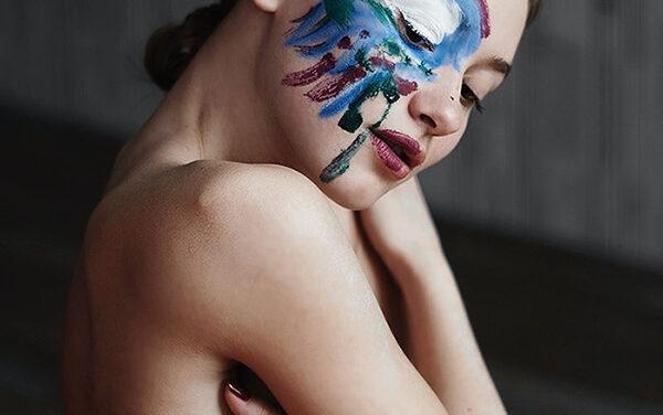 La campaña 'Busca la diferencia' pone el arte al servicio del cáncer de mama