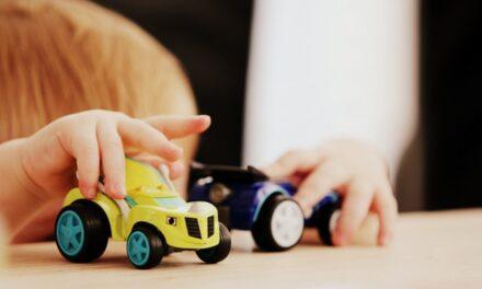 'Un Juguete, Una Ilusión' entrega 35.000 juguetes en un campo de refugiados de Jordania