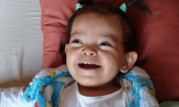 Un madrileño crea un crowdfunding con el fin de adquirir una nueva silla médica para su hija que padece una enfermedad rara